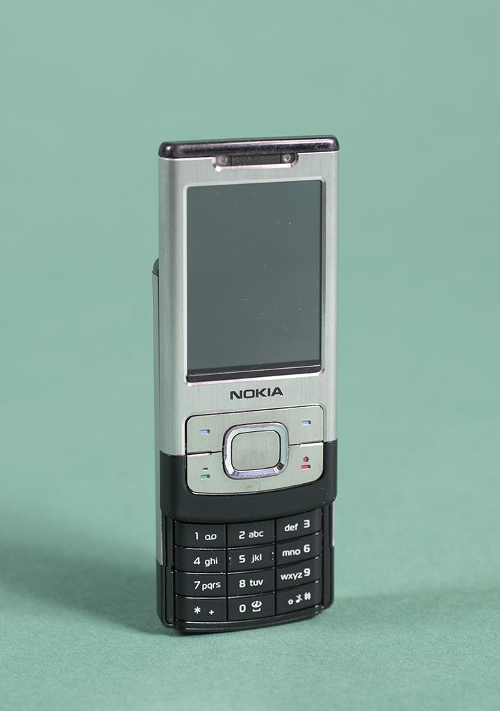 Mobiltelefon Nokia 6500 slide, 2007